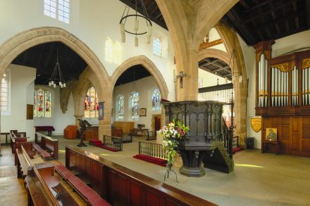 Free professional photography - Architectural interior image: Nave - Pulpit - North transept