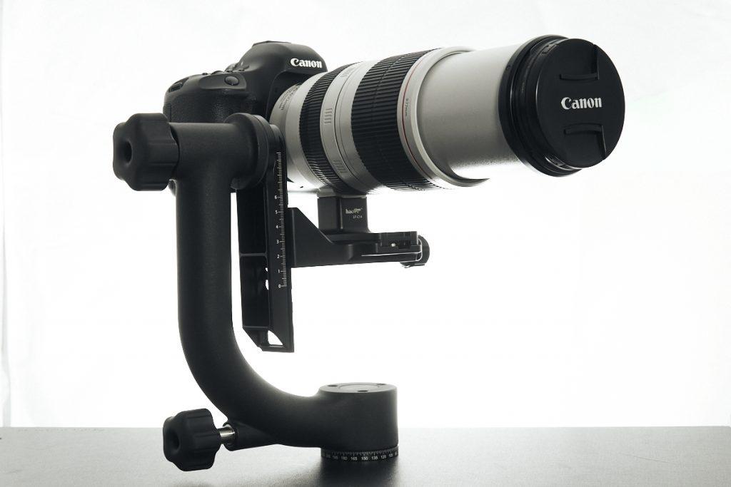 Image - DSLR and telephoto lens on gimbal
