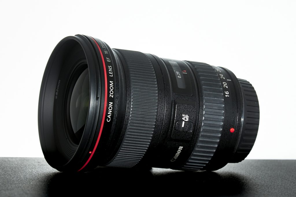 Image - Canon wide-angle zoom lens - architectural photography equipment